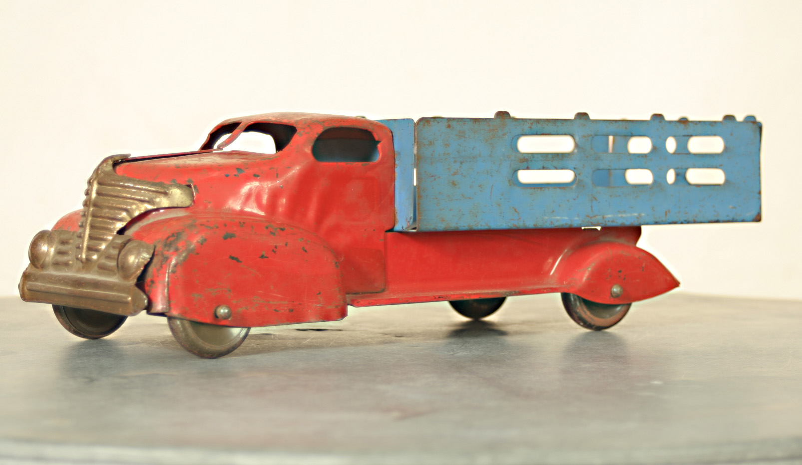 Toys For Trucks Wisconsin : Collect with us helping others find that perfect